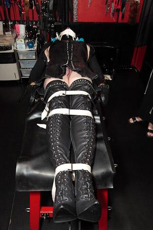 straps_32_